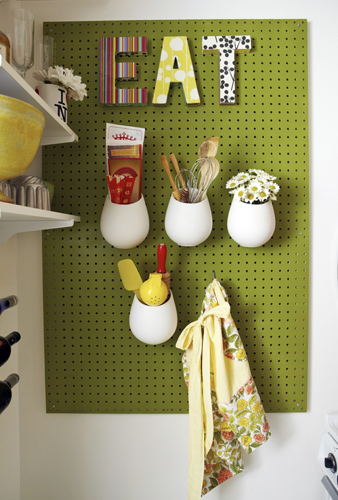 Photo 1 Peg Board - I've Got You Pegged: A Timeless Storage Solution