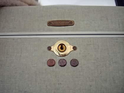 letter Photo 4 Closeup Train Case - To the Letter: Monogram Vintage Train Case