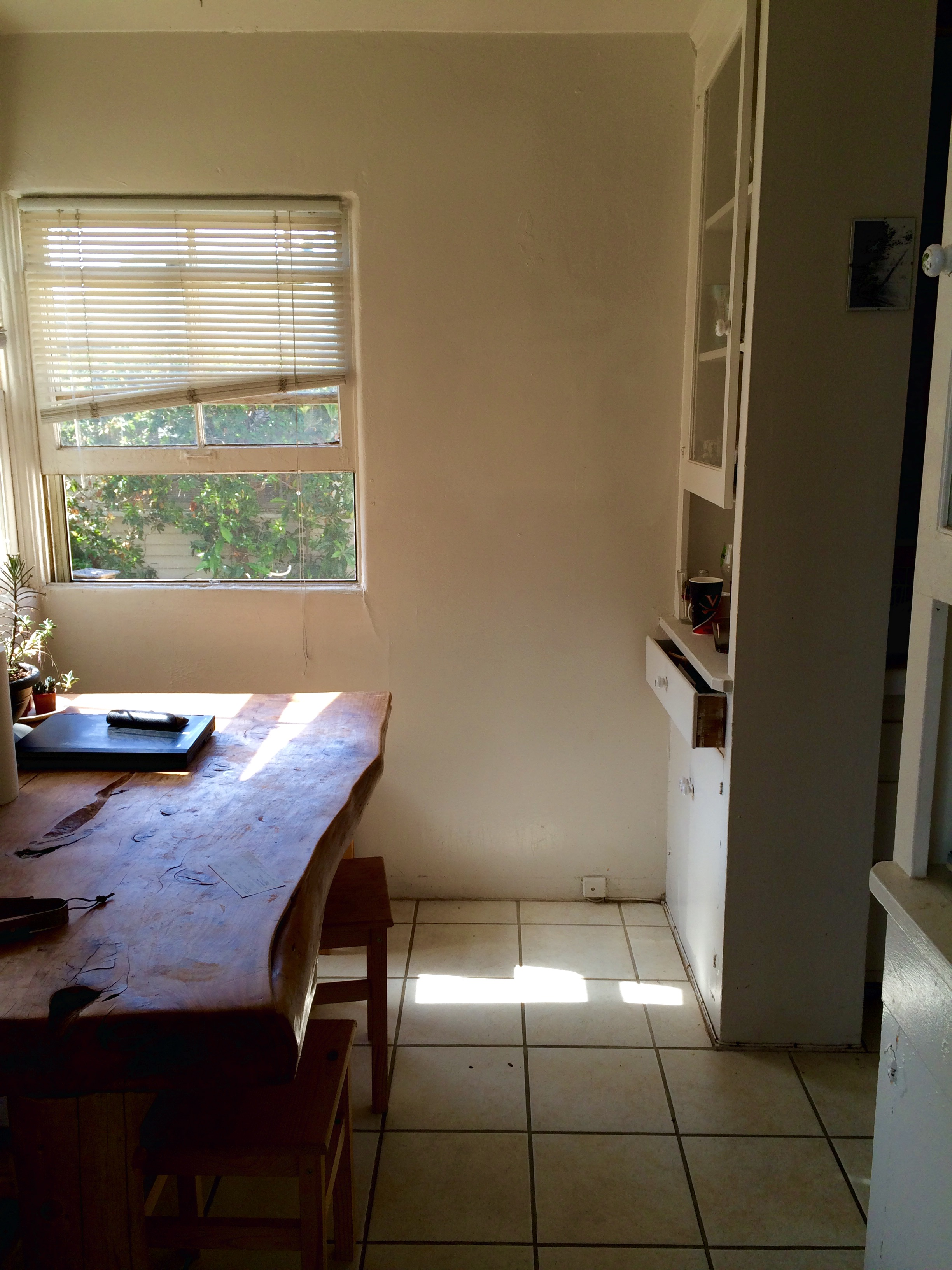Old Dining Nook Before